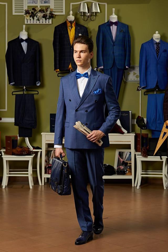 4 motive pentru a alege un costum la comandă